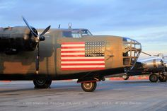 """DIAMOND LIL"" Consolidated B-24A Liberator (Sn 40-2366) (N24927) Operated by Commemorative AF - Airpower Heritage Museum, Midland, Texas (2)"