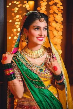 Mehndi Work, Cute Designs With Simple Step | Ayeza Khan, Ayeza Khan is a very popular also skilled television actress. She belongs toPakistan also now in this article, she is participating in the Mehndi wedding ceremony of her wedding.
