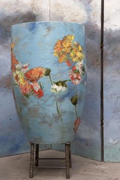 "Claire Basler Barbotine 29 from the post "" Tree Hug "" on Veniceclayartists Ceramic Pots, Ceramic Pottery, Pottery Art, E Claire, Japanese Pottery, Arte Floral, Pottery Painting, Ceramic Artists, French Artists"