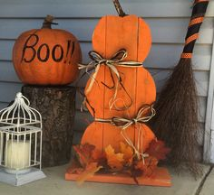 Stacking pumpkins! Made out of reclaimed pallet wood! Fall decor. Autumn decor. Free standing. Front porch decorations.