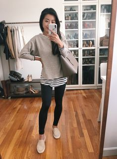 Casual Leggings Outfit, Outfits Leggins, Leggings Fashion, Outfit Ideas With Leggings, Leggings Outfit Summer Casual, Casual Shorts, Casual Outfits For Moms, Petite Outfits, Casual Winter Outfits