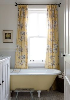 Sarah Richardson; I fell in Luv with this material so much! I found it, bought it, and it is now my kitchen curtains!