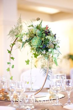 Wreaths, Table Decorations, Furniture, Home Decor, Room Decor, Home Furnishings, Garlands, Home Interior Design, Decoration Home