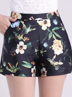 Shorts floral cores bege e verde Short Outfits, Short Dresses, Summer Outfits, Casual Outfits, Cute Outfits, Women's Casual, Girl Fashion, Womens Fashion, Chor