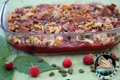 Crumble framboises pistaches http://www.aprendresansfaim.com/2017/10/crumble-framboises-pistaches.html