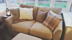Cosy sofa ♡ Cosy Sofa, Love Seat, Couch, Living Room, Furniture, Home Decor, Decoration Home, Room Decor, Small Sofa