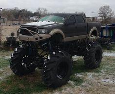 Ford mud truck Custom Lifted Trucks, Hot Rod Trucks, Cool Trucks, Big Trucks, Pickup Trucks, Zombie Vehicle, Redneck Trucks, Big Monster Trucks, 4x4