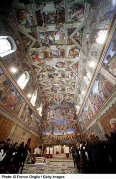 Photo Gallery of Famous Paintings by Famous Artists: Sistine Chapel Ceiling Fresco by Michelangelo