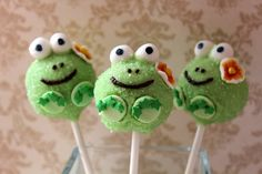 Frog cake pops for a girly frog bday party