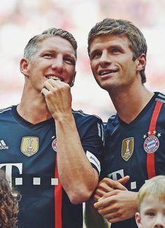 Bastian Schweinsteiger and Thomas Mueller | Sportfanzine #bayernmunich #bundesliga #germany