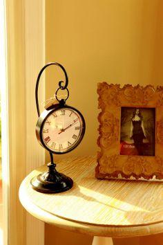 METAL CLOCK BLACK Askılı Masa Saati 16H 7W inç 40.64cm 17.78cm