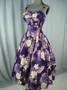 ALFRED SHAHEEN Vtg 50s Purple Tiki Tapa Hawaiian Print Circle Beach Dress-XXS/XS #AlfredShaheen