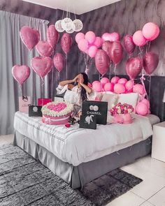 An informal guide to the most beautiful Valentine& Day of all time - Meine Geburtstagsparty - Birthday Goals, 18th Birthday Party, Girl Birthday, Birthday Surprise Ideas, 30th Birthday Ideas For Girls, Birthday Photoshoot Ideas, 25th Birthday Ideas For Her, Hotel Birthday Parties, 30th Birthday Balloons