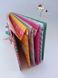Luxury Carpet Runners For Stairs Info: 9978165001 Mini Albums, Mini Scrapbook Albums, Scrapbook Journal, Travel Scrapbook, Scrapbook Paper, Diy Paper, Paper Crafts, Envelope Book, Diy Gifts For Mom