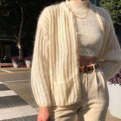 how to style outfits Look Fashion, Korean Fashion, Winter Fashion, 70s Fashion, French Fashion, Fashion History, Paris Fashion, Fashion Beauty, Girl Fashion