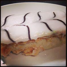 Custard Slices: British Bake off recipe British Bake Off Recipes, Great British Bake Off, Paul Hollywood, Kinds Of Desserts, Classic Desserts, Mary Recipe, Recipe Box, Custard Slice, Yummy Treats
