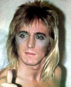 Mick Ronson as a Spider Silly Love Songs, Mick Ronson, Best Guitarist, Love Band, Ziggy Stardust, Star Pictures, Music Photo, Music Icon, Glam Rock
