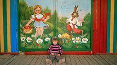 Simon Crofts Bilder aus der Ukraine zeigen Freunde, zufällige Bekannte und Landschaften – still, poetisch und manchmal humorvoll.