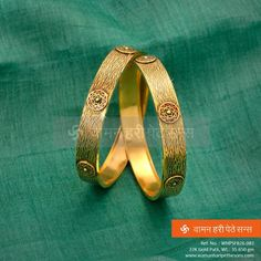 of and with kept unchanged. Gold Bangles Design, Gold Jewellery Design, Gold Jewelry, Jewelery, Designer Jewellery, Latest Jewellery, Fine Jewelry, India Jewelry, Antique Jewelry