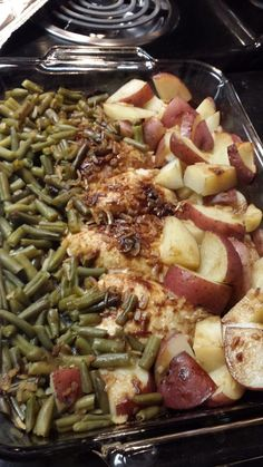 """One pan chicken potatoes and green beans! """"looks and smells delicious! :)""""  @allthecooks #recipe #chicken #dinner #casserole #potatoes #easy"""