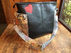 My Pattern Tester Bag for ChrisWDesigns - Ellen's Esplanade Bag Pattern