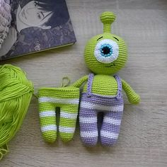 Cute little alien amigurumi arrived! Use this free Alien Amigurumi Pattern to create a funny companion for him!