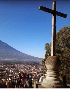 Cerro de la Cruz Antigua Guatemala #guatemala #centroamerica #belleza #turismo #antiguaguatemala #antigua #cerro #cerrodelacruz
