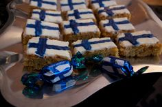 December Celebrations of the Finnish Independence day at äRRä's candy calendaR of the year 19 days to Christmas! Finnish Independence Day, Days To Christmas, 19 Days, Finland, December, Happy Birthday, Breakfast, Party, Desserts