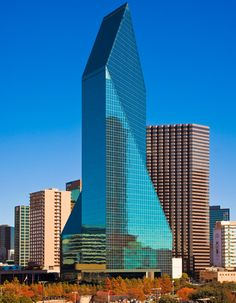 fountain place dallas | Fountain Place, Dallas, Texas, USA, 1.984 — 1.986 | José Miguel ...