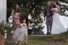 Wedding and Portrait photographer based out of Port Saint Lucie, FL. Columbia City Indiana, Port Saint Lucie, Portrait Photographers, Backyard, Photography, Wedding, Fashion, Valentines Day Weddings, Moda