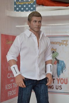 1/6 scale #custom outfit inspired by Dave Mustaine - white shirt with real buttonholes and rolled up sleeves - Megadeth wristbands and jeans pants #actionfigure