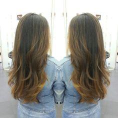 #hair #cabello #sunkissed #besosDeSol #estilista #peluquero #honey #miel #hairdresser #hairstylist #Panama #pty #axel #axel04 #mirrorphoto #picoftheday