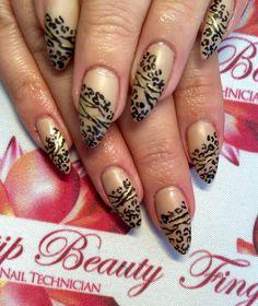 Animal print nails nail art hand painted