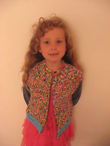 cute loom band jacket Rainbow Loom Creations, Band Jacket, Loom Bands, Drawing, Blouse, Cute, Jackets, Clothes, Tops