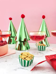 DIY Modern Party Hat Christmas Trees / Hey, EEP!