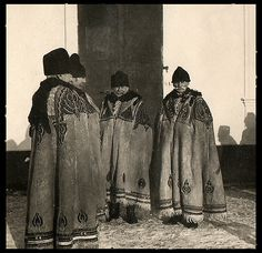 Slovak Men Bohemian Girls, Bohemian Art, Heart Of Europe, Folk Costume, Vintage Pictures, Traditional Design, Folklore, Art Decor, Nostalgia