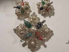 Gorgeous Signed Art Glass fx Pearls Gold plated Elaborate Setting Vintage Demi Parure Set