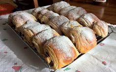 Brioches. #Dessert #Dolci #Cioccolato Bread, Dessert, Food, Desserts, Eten, Postres, Bakeries, Meals, Breads