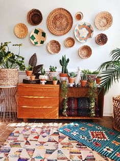 Need a new garden or home design? You're in the right place for decoration and remodeling ideas.Here you can find interior and exterior design, front and back yard layout ideas. Bohemian Interior, Bohemian Decor, Bohemian Furniture, Bohemian Design, Bohemian Bathroom, Bohemian Wall Art, Scandinavian Interior, Bohemian Style, Boho Chic