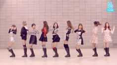 #TWICE releases 'Knock Knock' choreography video http://www.allkpop.com/article/2017/02/twice-releases-knock-knock-choreography-video Choreography Videos, V Live, Korean Entertainment, News Songs, Knock Knock, Nayeon, Pose Reference, Kpop
