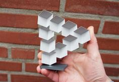 Ulrich Schwanitz claims to have created a Penrose triangle without resorting to the usual optical illusions. Penrose Triangle, Impossible Triangle, Print 3d, 3d Printing Business, Impression 3d, 3d Models, 3d Artist, Optical Illusions, Business Design