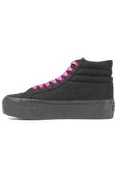 Vans High Top Platform Sneaker in Black: