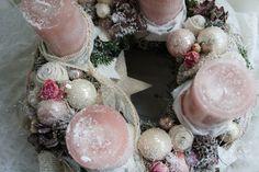 """Adventskranz - Adventskranz """"Advent grüßt mit Rosen...."""" - ein Designerstück von Troedelliebelei bei DaWanda"""