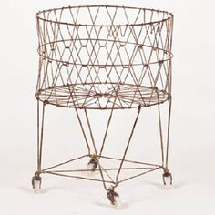 Moda -  Laundry Basket Cart - Vintage... I really want this :)
