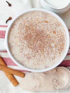 This vanilla chai tea latte is creamy, sweet, a little spicy, filled with vanilla, and perfect for the coldest day of winter! www.showmetheyummy.com #vanilla #tea #chaitea #latte