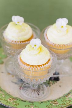 yellow frosting cupcakes pansies