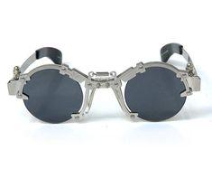 2fe5ec41d7c7 Round sunglasses Steampunk sunglasses Steampunk goggles unisex flip up  silver metal performing artist styling video shoot unusal eyewear