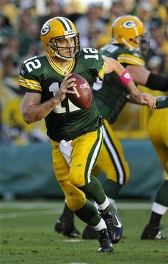 Aaron Rodgers ties a personal best