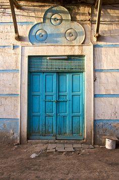 Eritrea, porta blu a Massawa
