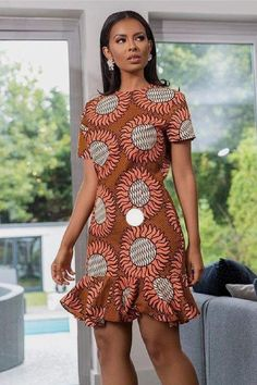 african dress styles Ankara dress styles:Latest styles only - African fashion and lifestyles Latest Ankara Dresses, Ankara Short Gown Styles, Short African Dresses, Short Gowns, African Print Dresses, Ankara Gowns, African Dress Styles, African Fashion Ankara, African Inspired Fashion